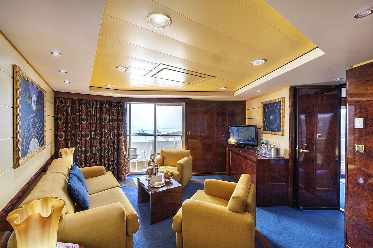 YC3 - Yacht Club Royal