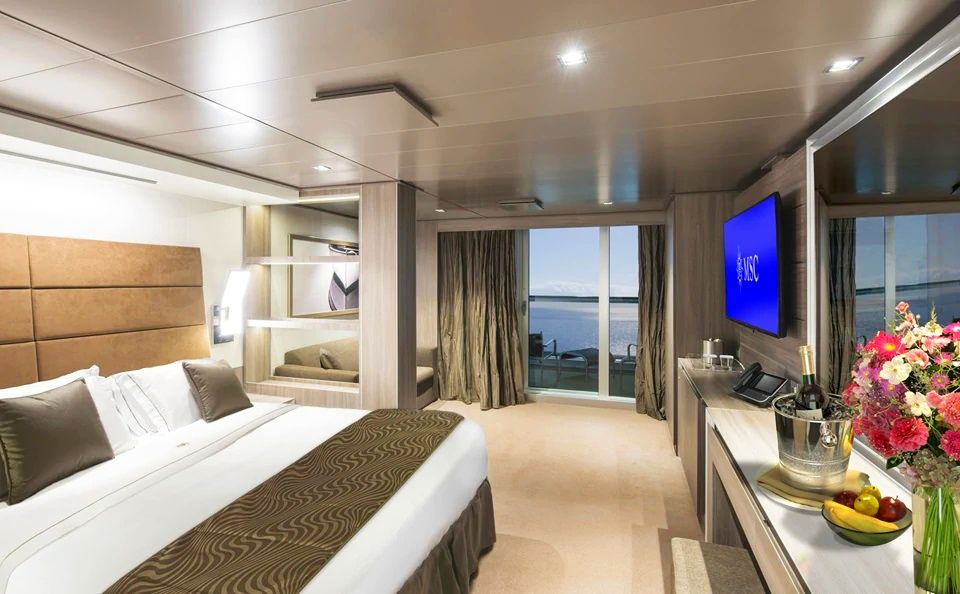 YC1 - Yacht Club Deluxe