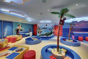 cruise kids area