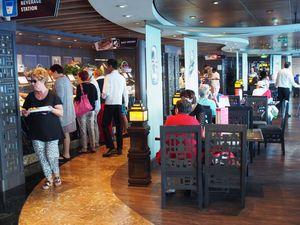 cruise buffet restaurant