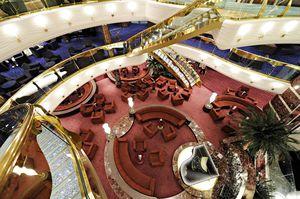 cruise lounge
